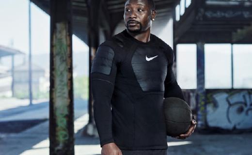 耐克新款训练服,透气保暖,帮你冬天舒适运动
