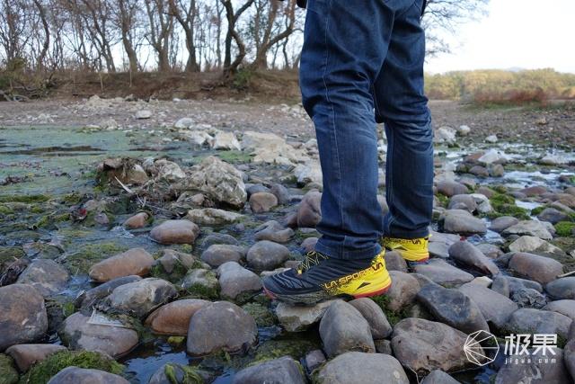 LASPORTIVAAKASHA山地越野跑鞋