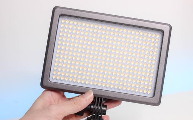 四种灯光于一体,摄影老司机的最佳补光神器 — 南冠 Mixpad10 LED摄影灯评测