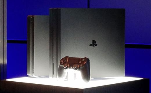 索尼PS4 Slim游戏机:更轻更薄功耗低,游戏画面更优质