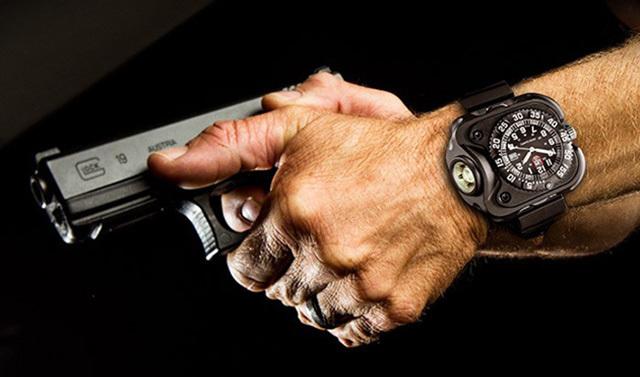 SureFire2211LuminoxWristLight照明手表