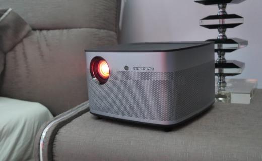 极米发新品:亮度画质音箱全升级,售价诚意满满!