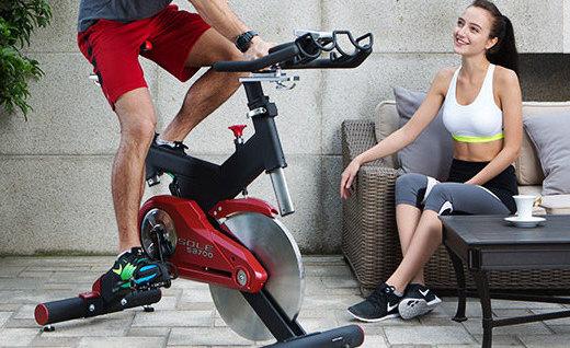 速尔SB700动感单车:人工学设计,塑形燃脂还不易伤膝