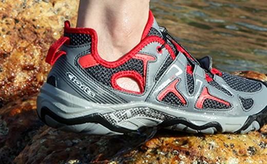 Clorts户外溯溪鞋:6倍速干透气柔软,上山下水全能王