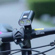 兼顾骑车前后安全,轻松畅享夜骑时光,迈极炫1400+seemee60测评