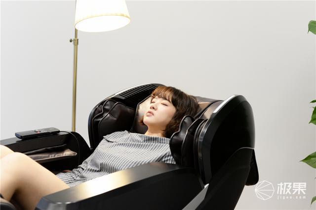 懒人的被动式养生首选,奥佳华7608按摩椅测评