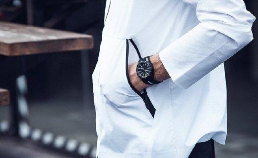法拉利石英腕表:汽车元素表盘设计,30米防水功能