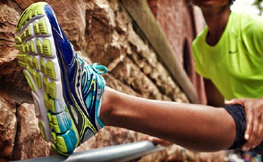 索康尼顶级缓震跑鞋, 弹性十足跑步不累