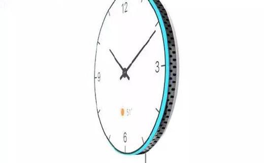 能当投影仪的智能挂钟,国际大奖拿到手软!