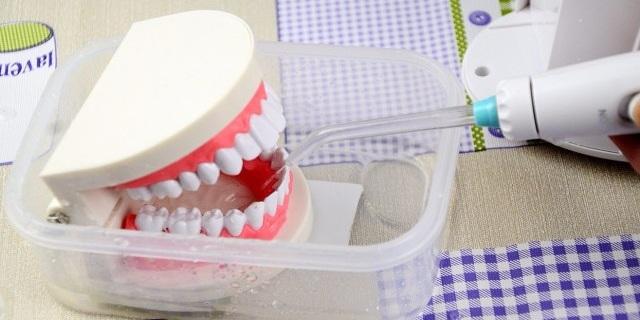 """高效清洁 一键启动,给家人的牙齿请个""""医生"""" — 美国心诺xnuo冲牙器"""
