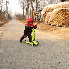 市娃春節回村搞不定,酷騎V3滑板車來幫你!