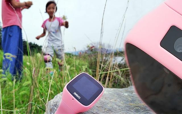 360儿童手表6C体验:摄像头前置,与孩子相同视野