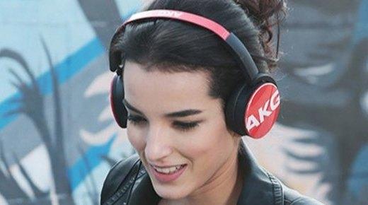 爱科技Y50头戴式耳机:重低音,可线控,3D转轴设计