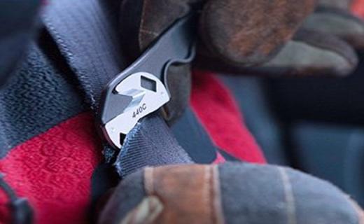 Leatherman工具钳:小身材大作用,户外登山必备