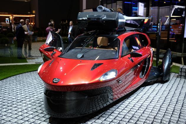 智东西早报:首款量产飞行汽车明年交付 联通eSim一号双终端业务启动
