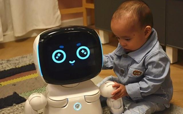 寓教于乐,陪孩子一起长大,小丹机器人测评