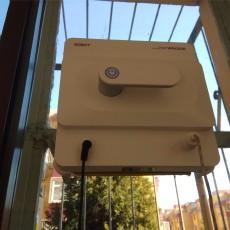 巧媳妇,要美丽更要无忧擦窗,BOBOT WIN3030全自动擦窗机器人