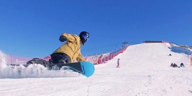 """滑着冬奥会的""""雪""""亲测欧克利雪镜,更宽视野戴上世界都变""""大""""了"""