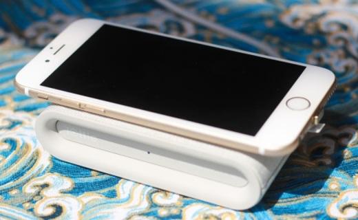 充电不用数据线,随手放置就能充,iOttie无线充电器视频测评