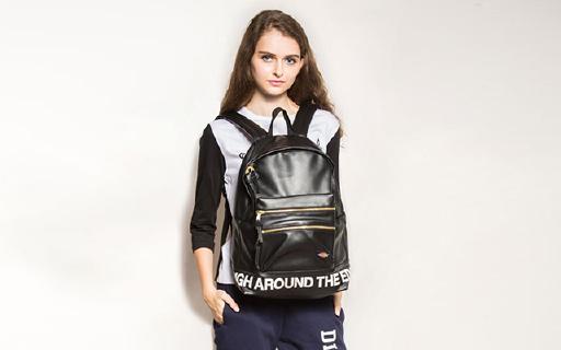Dickies PU皮双肩包:超大容量可放置15寸电脑,PU材质背着轻松