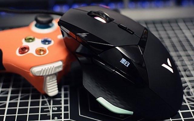 七档DPI加速,掌上的速度与激情,雷柏VT900电竞游戏鼠标测评