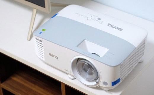 真实还原色彩,赏心悦目观影,明基i705智能家用投影机测评