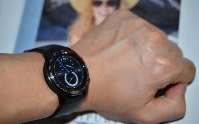 滿足日常需要的全能手表你了解多少?