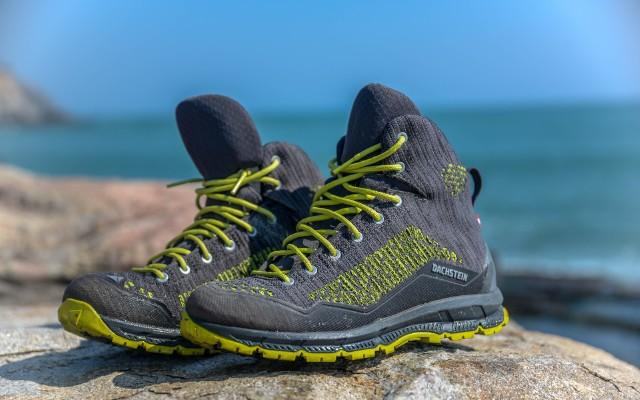 达赫斯坦徒步鞋评测:轻质防水上脚舒适,轻松应对海边礁石