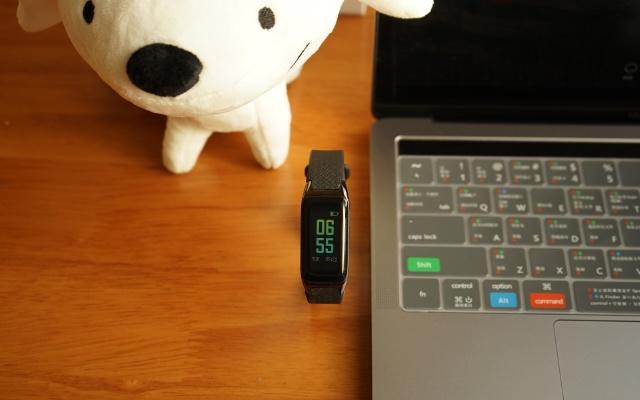 魔派智能手环上手体验:测心率测血氧还能测血压