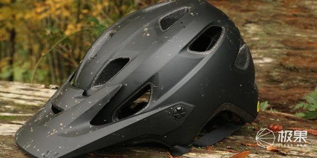 GiroChronicle骑行头盔