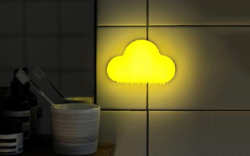 MUID云朵床头灯:轻怕即可点亮,使用省电光源柔和不刺眼