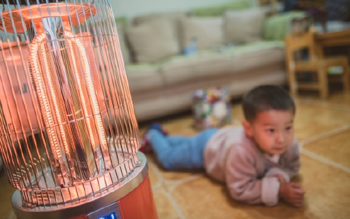 """无污染的""""大火炉"""",冬日取暖就它了 — 韩国信一电暖气体验   视频"""