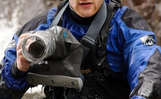 单反相机防水外壳,下雨潜水都能随心拍照