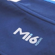 Mi6蜂巢锁暖运动衣,透气保暖利器