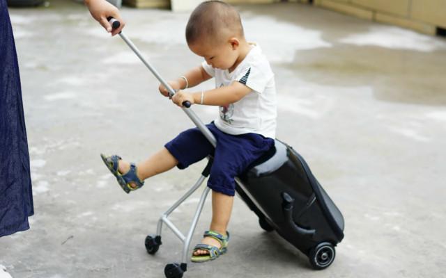 收纳带娃两不误,新手爸妈快入手,micro懒人行李箱上手体验