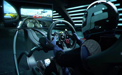罗技G29方向盘+踏板套装:赛车游戏神器,真皮方向盘900度旋转