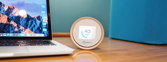 精准检测环境还能开启净化器,苹果店都在用 — 镭豆2+空气质量检测仪体验 | 视频