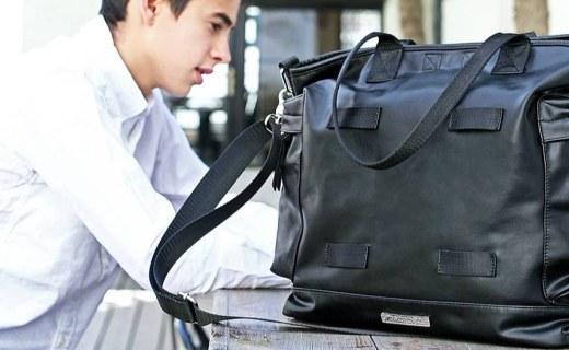 MACROPUS单肩手拎包:包款百搭功能性强,纯色设计简约时尚