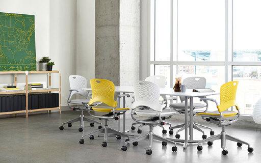 Herman Miller Caper办公椅:镂空椅面透气不闷热,闪电侠同款
