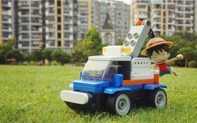 37步拼成一辆能遥控跑路的积木车,葡萄积木体验