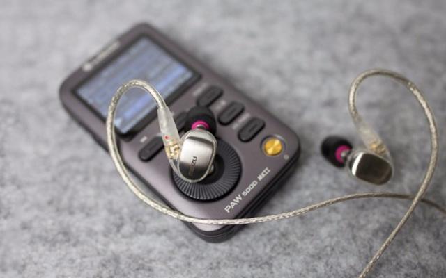 """手机大厂""""跨界""""做耳机,HiFi音质不负好音乐 — 魅族 LIVE四单元动铁耳机评测"""
