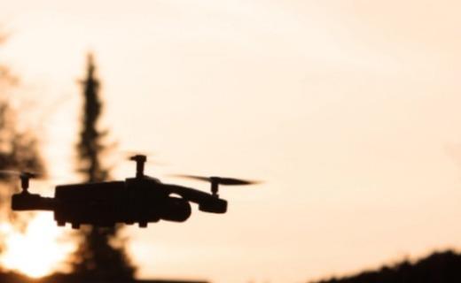 超迷你!新款微型无人机正众筹,可自动巡航仅手掌大小!