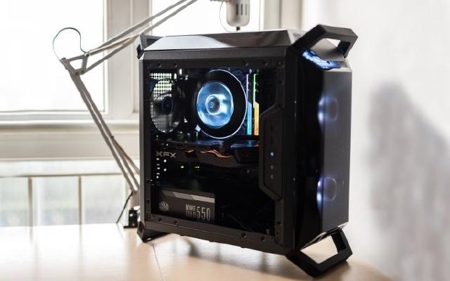加速引擎 多卡互联,一键驱动助你先发制人 — MSI B360 首发装机评测