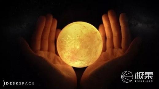 超科幻!外国小哥用宝石,打造出了桌面上的太阳系...