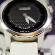 小巧精致的运动全能王,佳明fēnix 5S手表评测