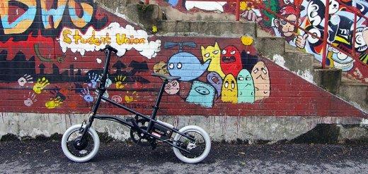 时尚拉风的智慧电单车,骑着省力还能健身