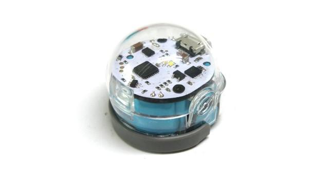 指尖上的育儿艺术,如此袖珍的玩具你玩过吗——宝莲灯编程机器人