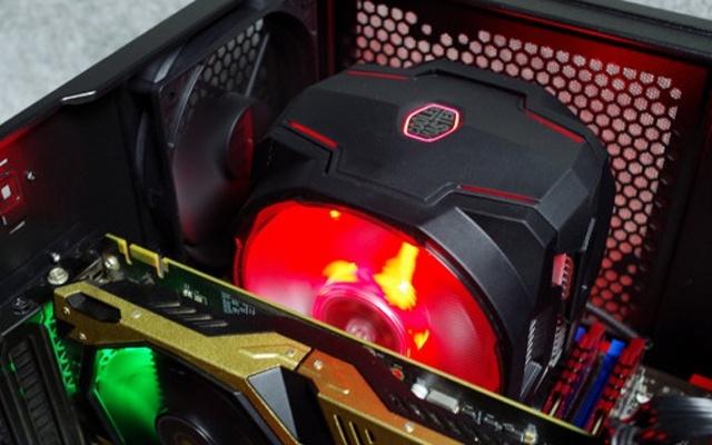 """299块给主机装""""空调"""",RGB灯效堪比霓虹灯 — 酷冷至尊T610P CPU风冷散热器评测"""