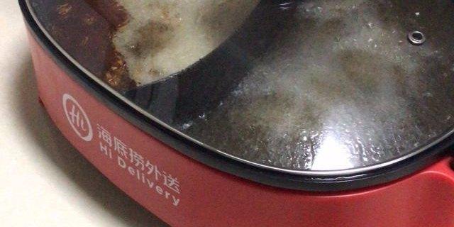 没有什么烦恼是火锅解决不了的,把海底捞小红锅带回家