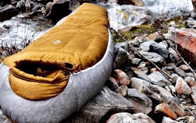 3800米高山实测黑冰睡袋:轻质保暖半夜热醒  | 视频